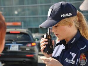 policjantka_okecie