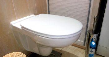 Koronawirus – uważaj w toaletach!